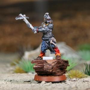 Garde-Esprit Loup 2 - hache de côté
